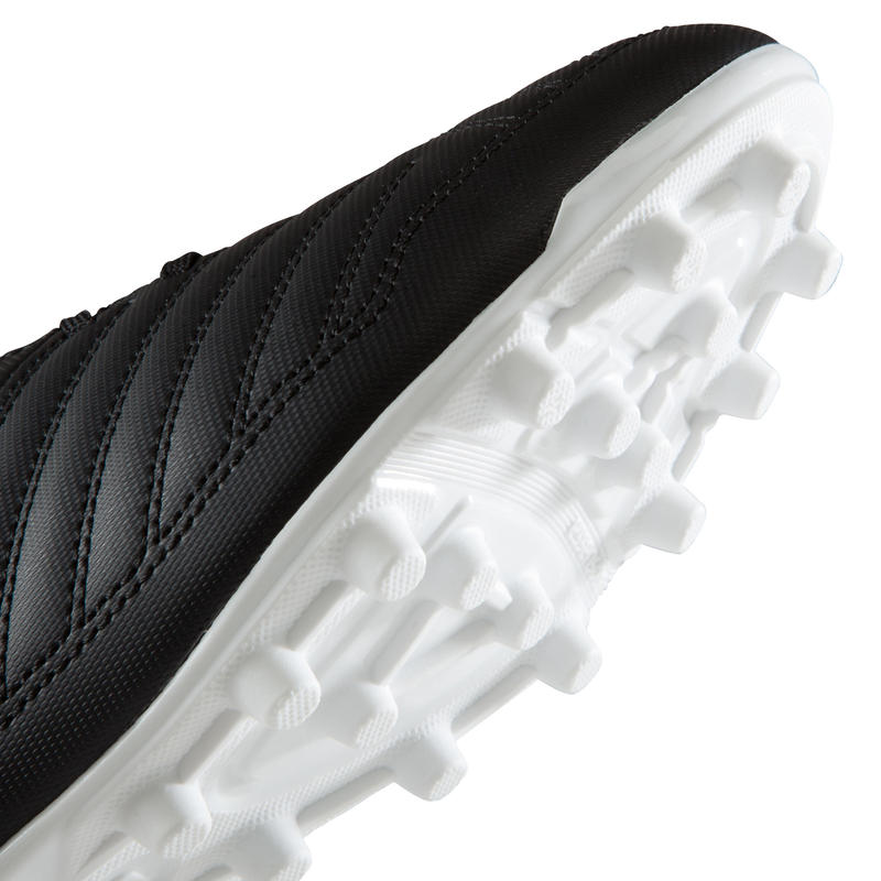 Chaussure de football adulte terrains secs Agility 100 FG adulte noire