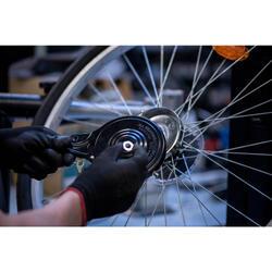 Austausch eines Bremsbügels, einer Bremsscheibe oder einer Trommelbremse