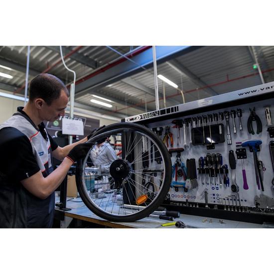 Changement d'1 pneu et/ou d'une chambre à air sur roue frein à tambour ou boyau - 1211157