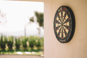 How to hang up your dartboard