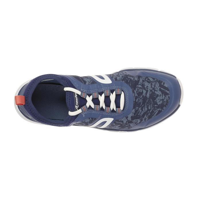 Damessneakers voor sportief wandelen PW580 Waterproof marineblauw / roze