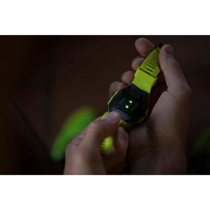 Montre GPS pour mesure cardio au poignet pendant la course ONMOVE 500