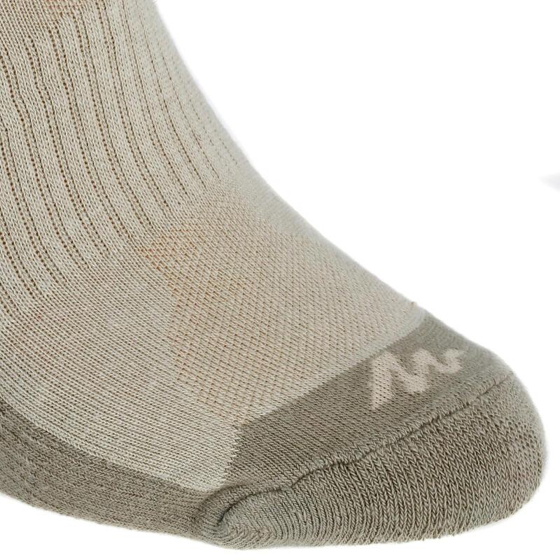 ถุงเท้ายาวปานกลางสำหรับใส่เดินในเส้นทางธรรมชาติรุ่น NH 100 แพ็ค 2 คู่ (สีเบจ)