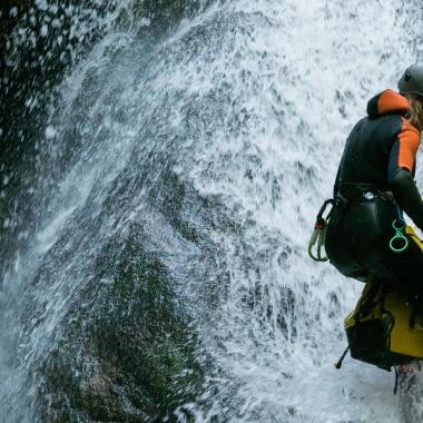 Choisissez votre corde de canyoning avec les conseils Maskoon