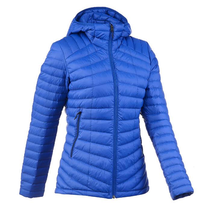 Chaqueta acolchada trekking en montaña TREK 500 mujer azul
