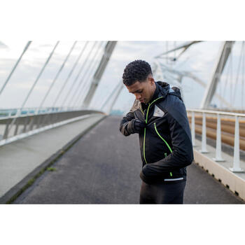 VESTE DE RUNNING HOMME KIPRUN EVOLUTIVE NOIR JAUNE