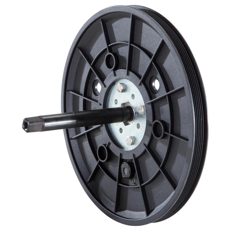 Pedal axle wheel