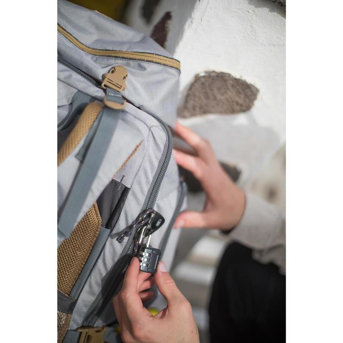Sac à dos Trekking Travel 500 Femme 70 litres cadenassable gris - 1232673