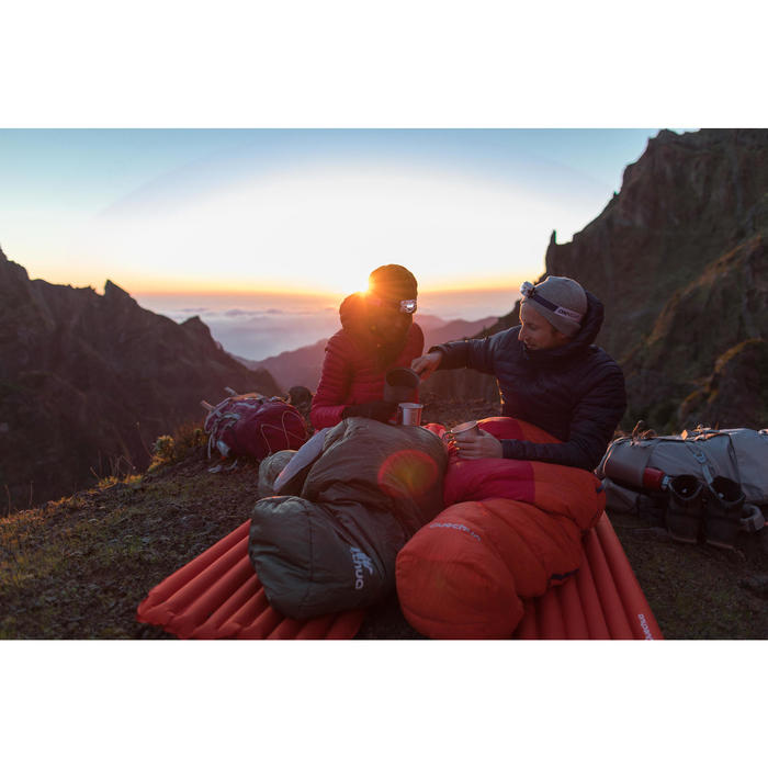 Heren donsjas voor bergtrekking Trek 500 marineblauw