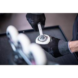 Changement de 4 roues et/ou 8 roulements pour rollers, quads ou skates - 1235157