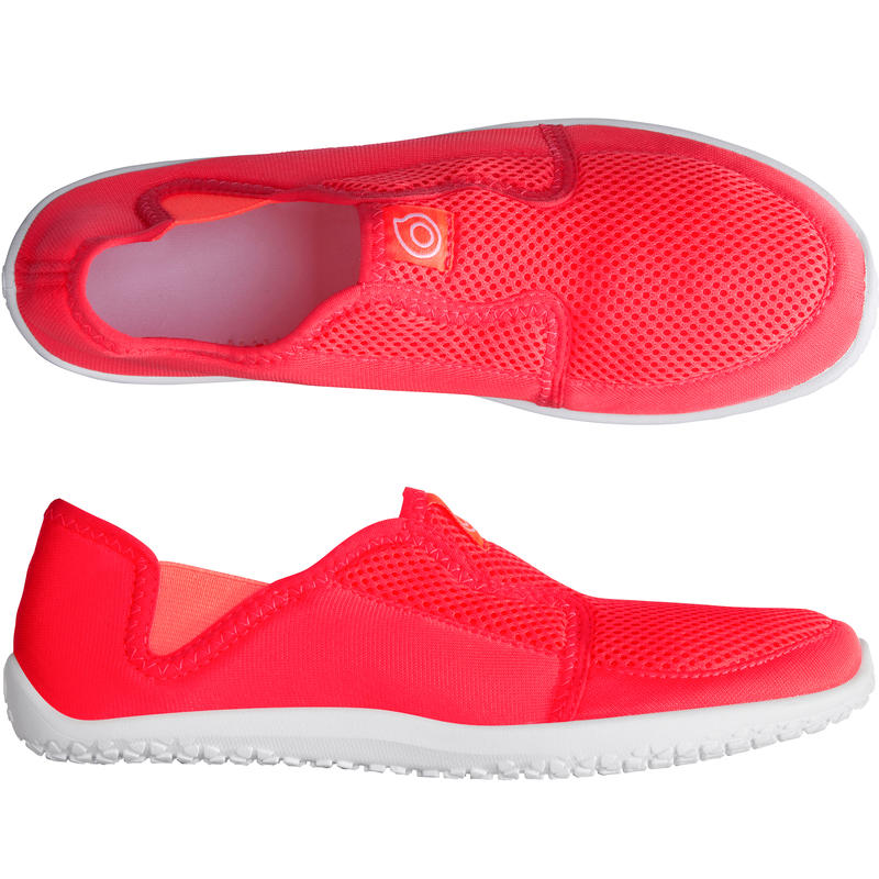 รองเท้าลุยน้ำสำหรับผู้ใหญ่รุ่น 120 (สีชมพู)