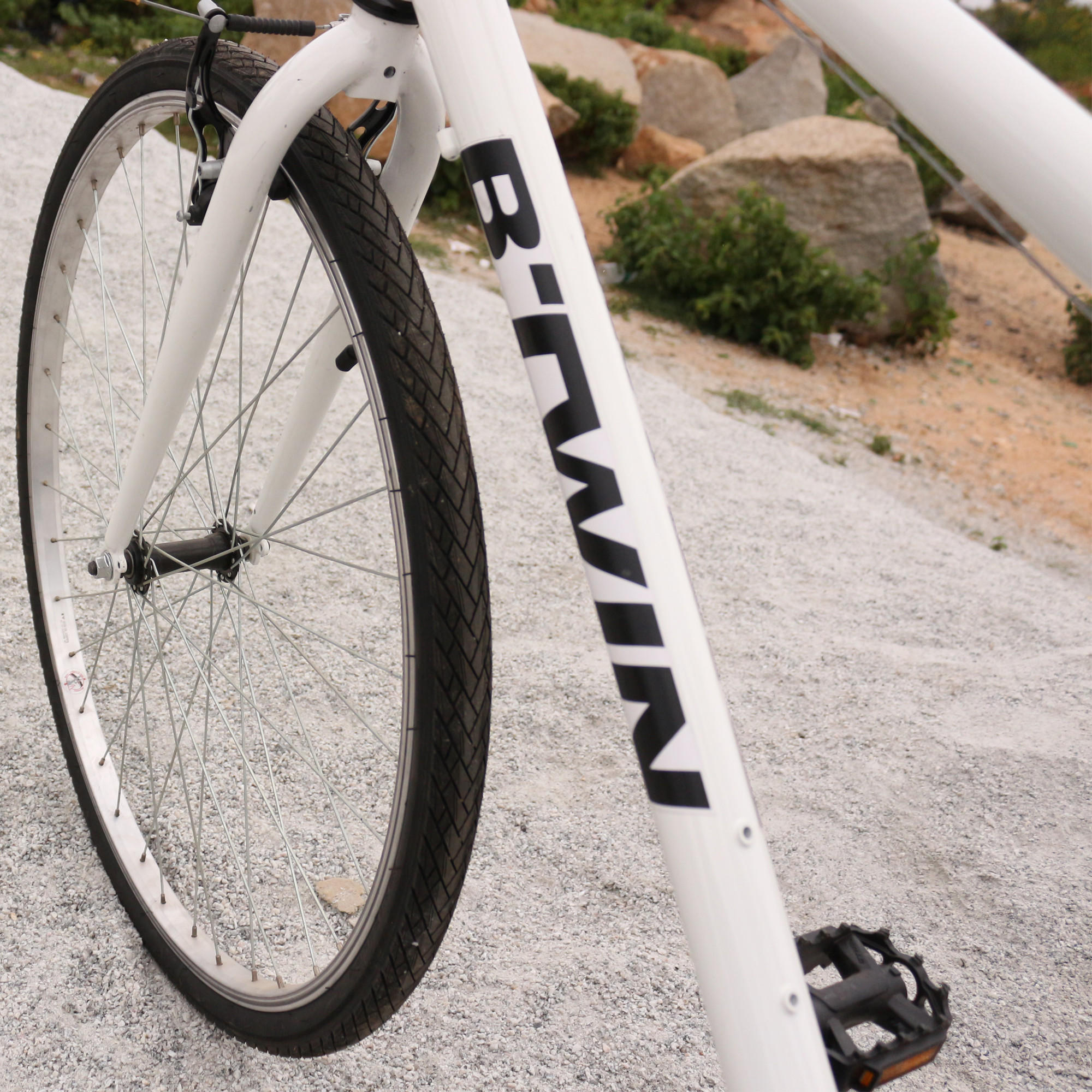 BTWIN RIVERSIDE 100 HYBRID CYCLE