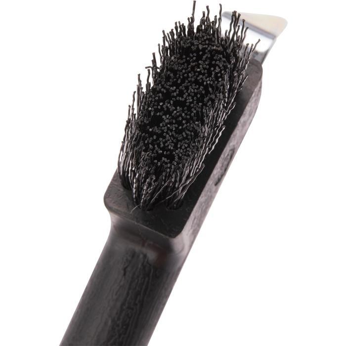 Cepillo limpiacascos equitación negro
