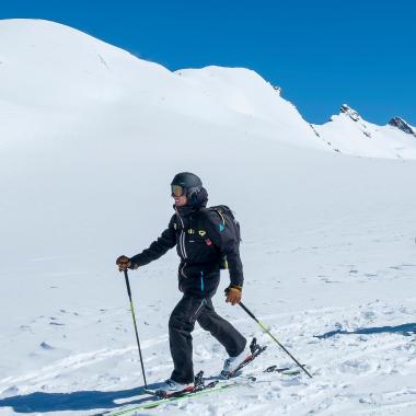 Die richtige Wahl der Startausrüstung für Skitouren
