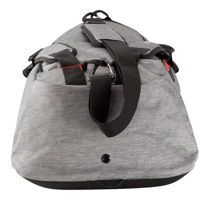 Bolsa de deporte Away 50 litros gris claro rojo