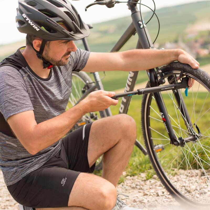 Hoe een fietspomp gebruiken?