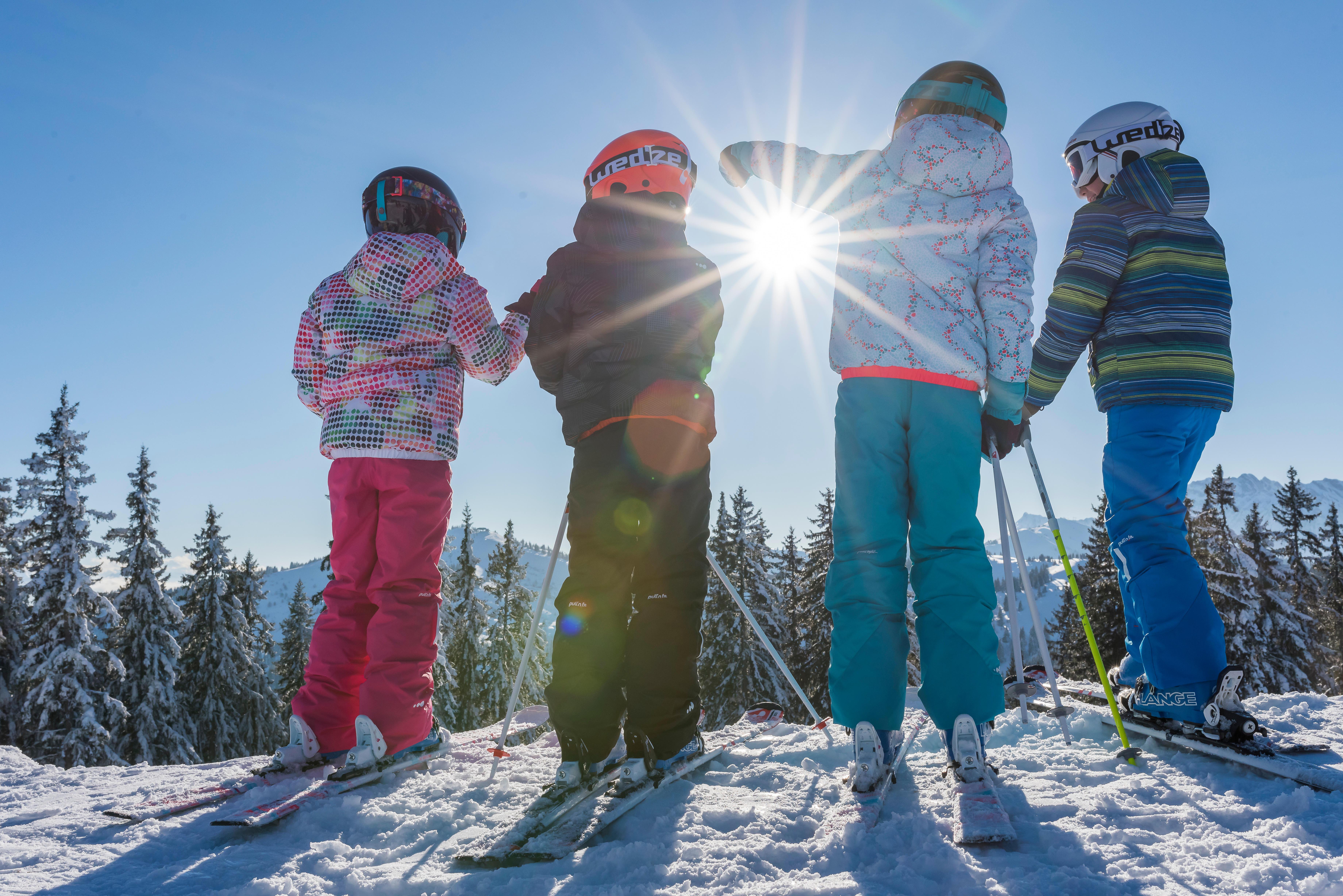 çocukların kayağı sevmesi
