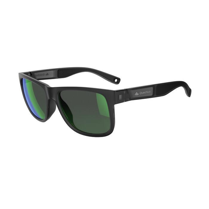 c9f5414c3e Gafas de sol de senderismo MH140 gris y verde polarizadas categoría ...