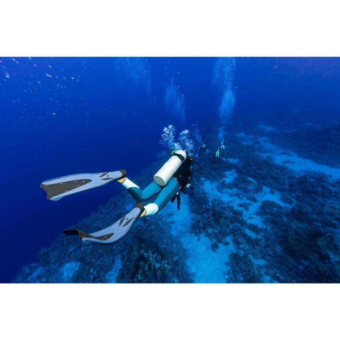 Aletas de submarinismo con botella SCD 500 negro/azul