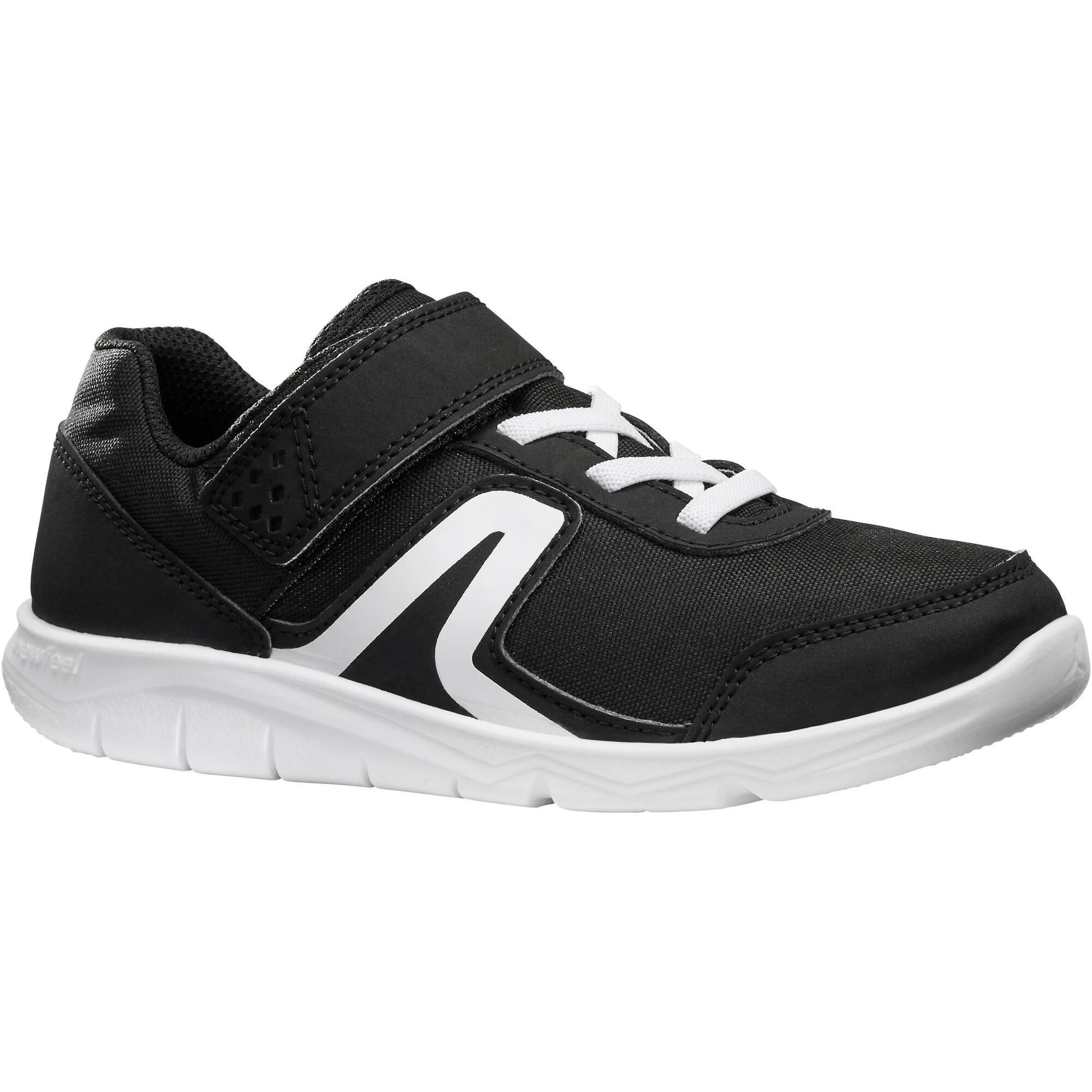 chaussures marche sportive enfant pw 100 noir blanc. Black Bedroom Furniture Sets. Home Design Ideas