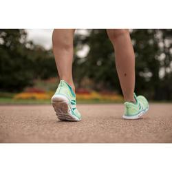 Damessneakers voor sportief wandelen PW 500 Fresh grijs/koraal