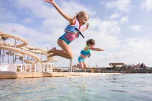 comment-preparer-votre-enfant-a-l-eveil-aquatique