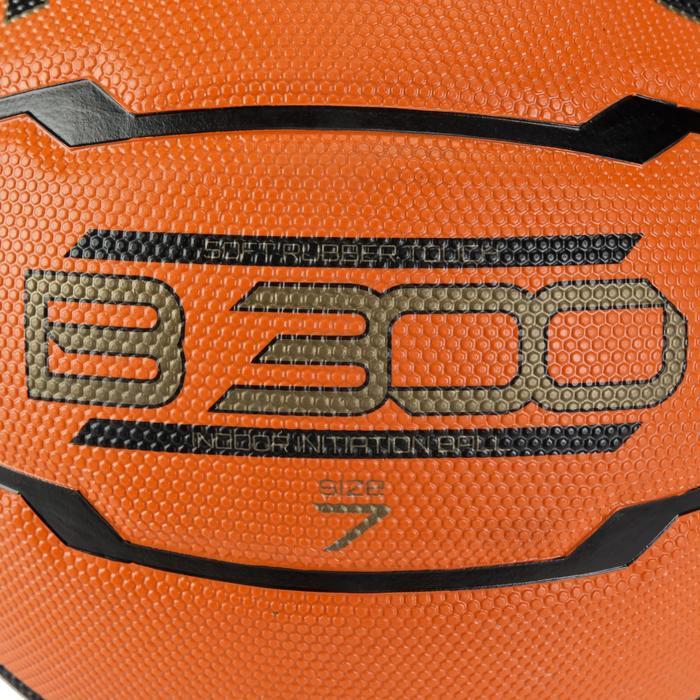 Ballon de basket homme B300 taille 7 orange. Pour débuter. A partir de 12 ans. - 126315