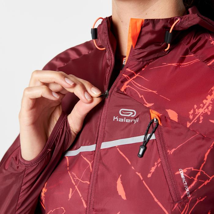 Lauf-Windjacke Trail Damen Damen bordeaux mit Grafikmuster