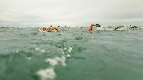 Afstand tussen zwemmers