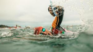 De 5 basisregels voor veilig zwemmen in open water