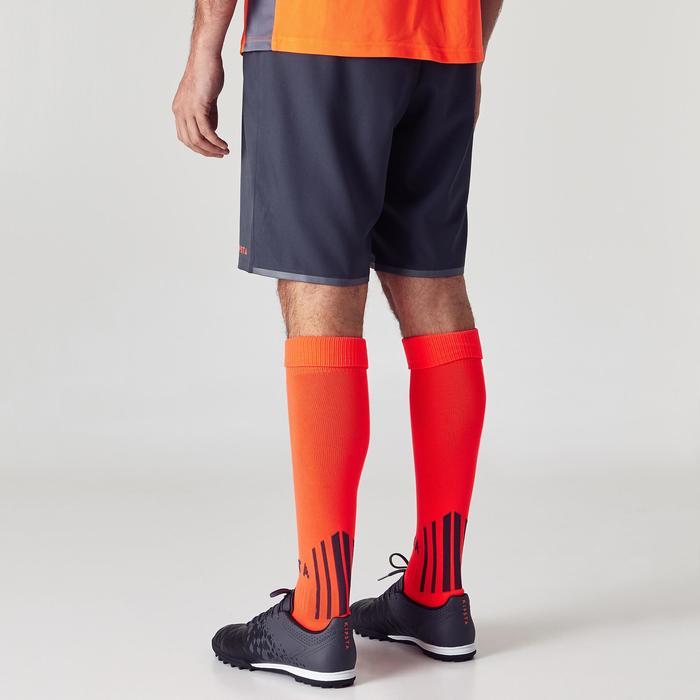 Pantalón corto de fútbol para adulto F500 gris naranja
