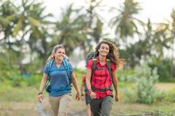 Poloshirt met korte mouwen trekking Travel 100 dames blauw