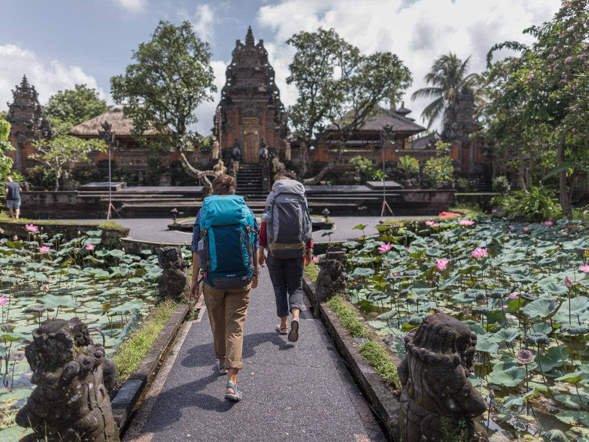 visiter temple backpacking