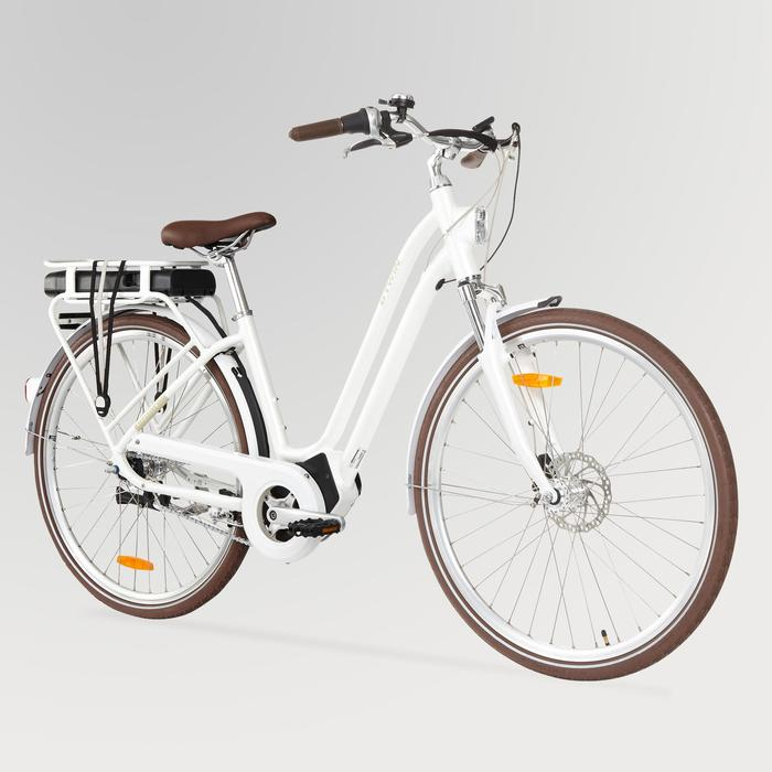 e bike 28 citybike elops 920 damen weiss b 39 twin decathlon. Black Bedroom Furniture Sets. Home Design Ideas