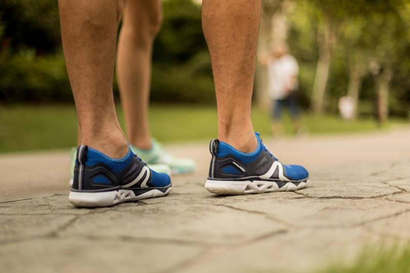 รองเท้าใส่เดินเพื่อสุขภาพสำหรับผู้ชายรุ่น PW 500 Fresh (สีฟ้า)