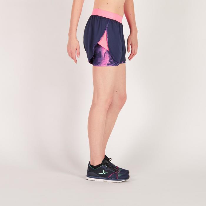 Short 2 en 1 fitness cardio femme bleu marine et imprimés roses 520 Domyos - 1270897