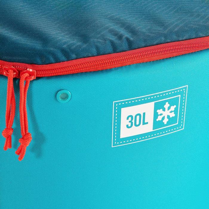 Koeltas voor kamperen en wildkamperen in de natuur compact 30 liter blauw