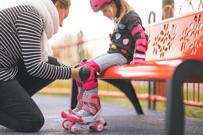 סט מגנים בסיסי 3 חלקים לילדים רולרבליידס / סקייטבורד / קורקינט - ורוד