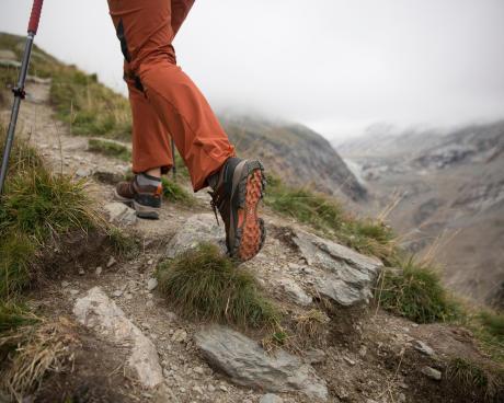 hoe-wandelschoenen-onderhouden-en-opnieuw-waterdicht-maken
