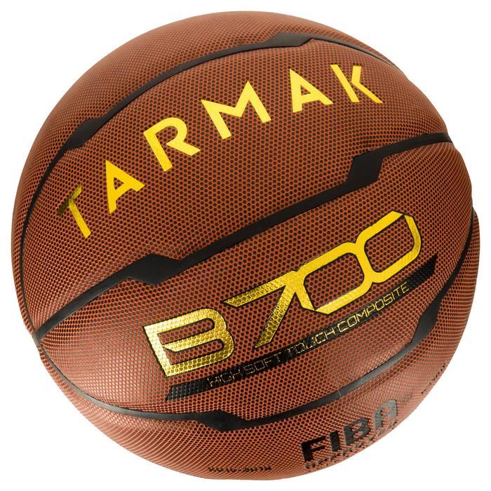 Ballon de basket homme B700 taille 7 marron. Homologué FIBA. Après 12 ans. - 1284417