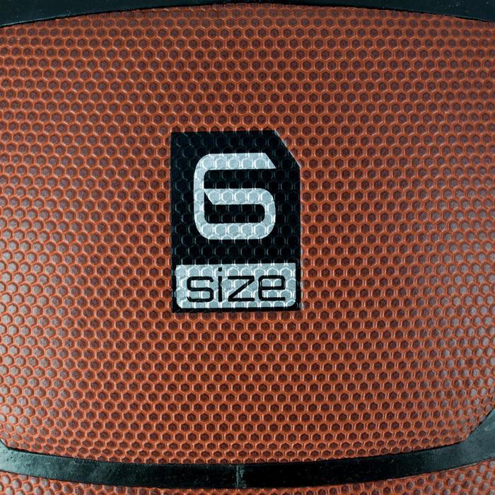 Ballon de basket B500 taille 6 marron. Cuir synthétique.