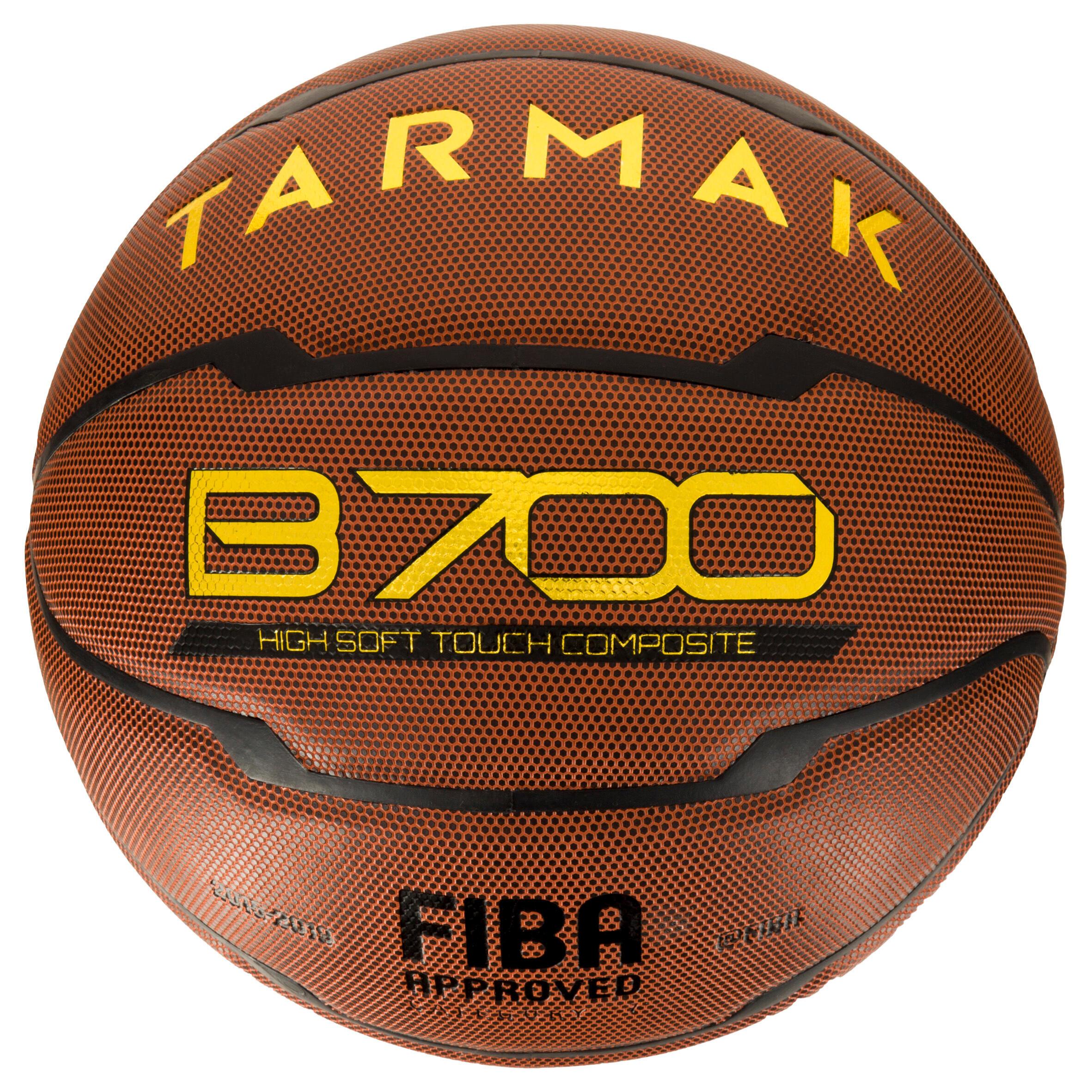 Tarmak Basketbal heren B700 maat 7 bruin. FIBA-gehomologeerd. Voor +12 jaar.