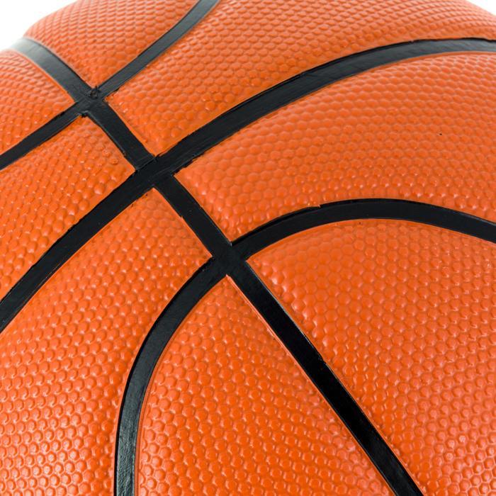 Ballon de basket B300 taille 6 orange. Pour débuter.