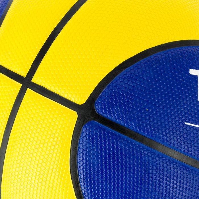 Basketbal voor heren R300 maat 7 geel blauw Sterk. Vanaf 14 jaar.