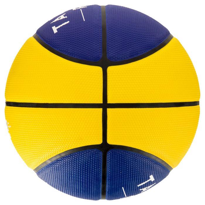 Ballon de basket homme R300 taille 7 noir. Résistant. A partir de 14 ans. - 1284499
