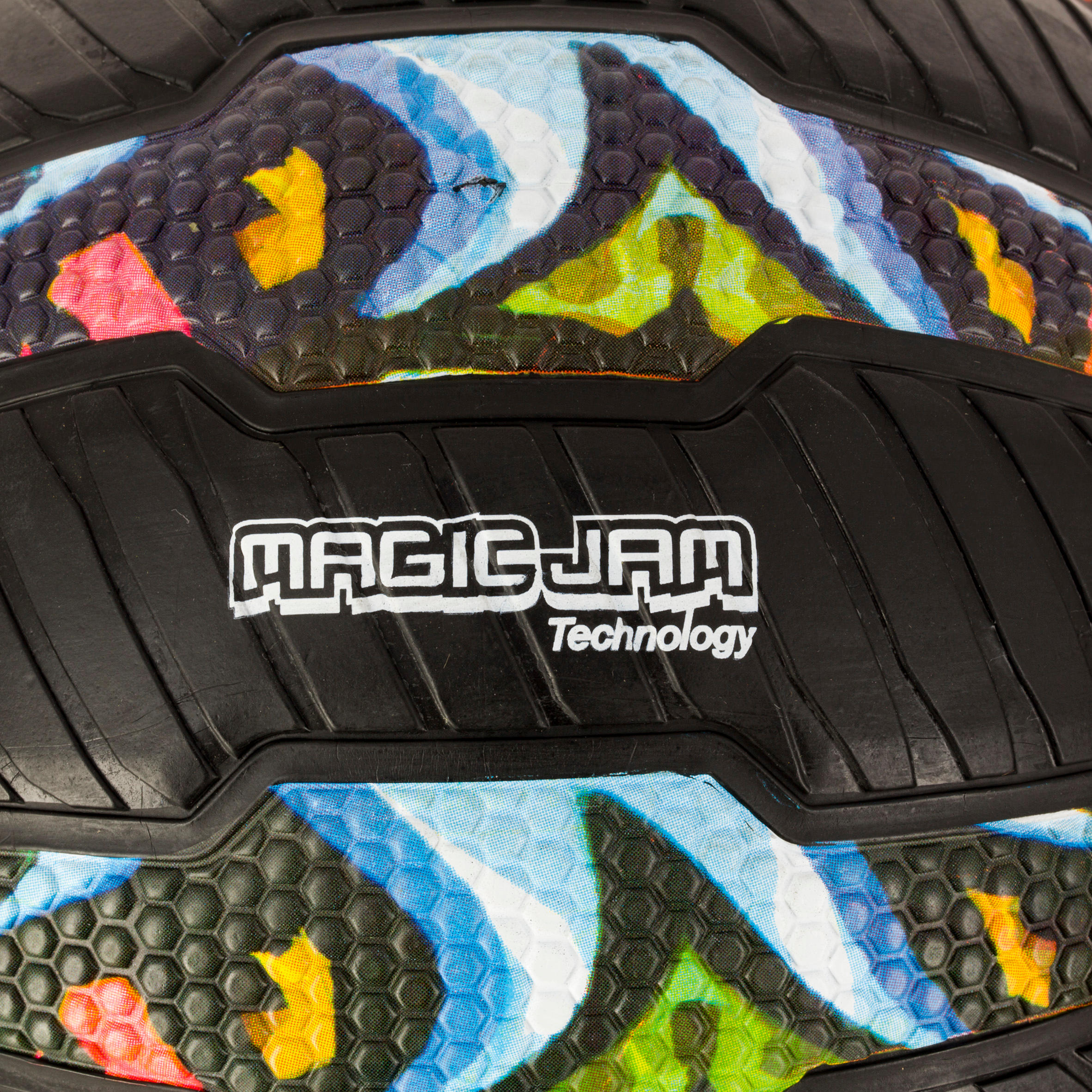 R500 Adults' Size 7 Basketball - GraffitiPuncture-proof and great grip.