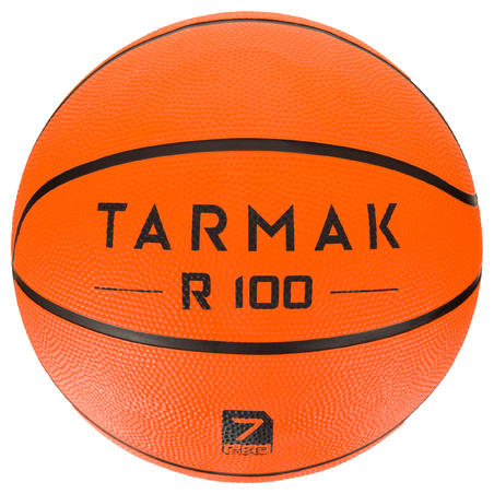 R100 Adult Size 7 Basketball - Orange. Durable. For beginners.