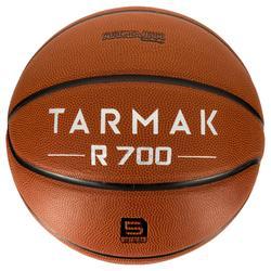 R700 Kids' Size 5 Basketball - Orange. Great ball feel