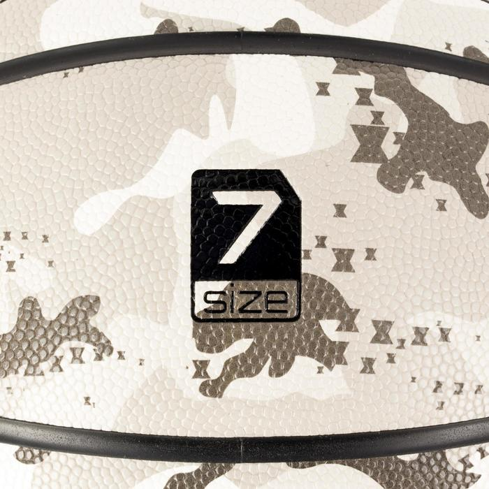 Ballon de basket adulte R700 taille 7 camo gris. Super grip