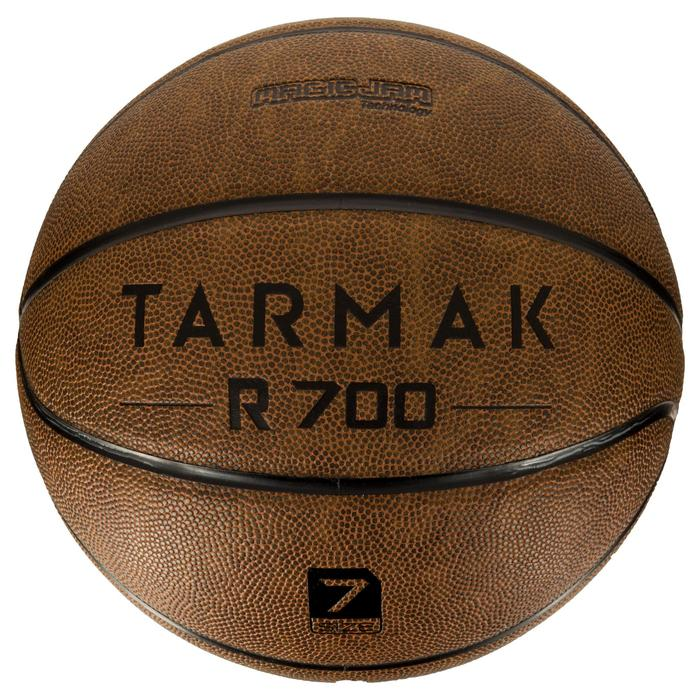 Ballon de basket adulte R700 taille 7 marron. Super toucher de balle - 1284574